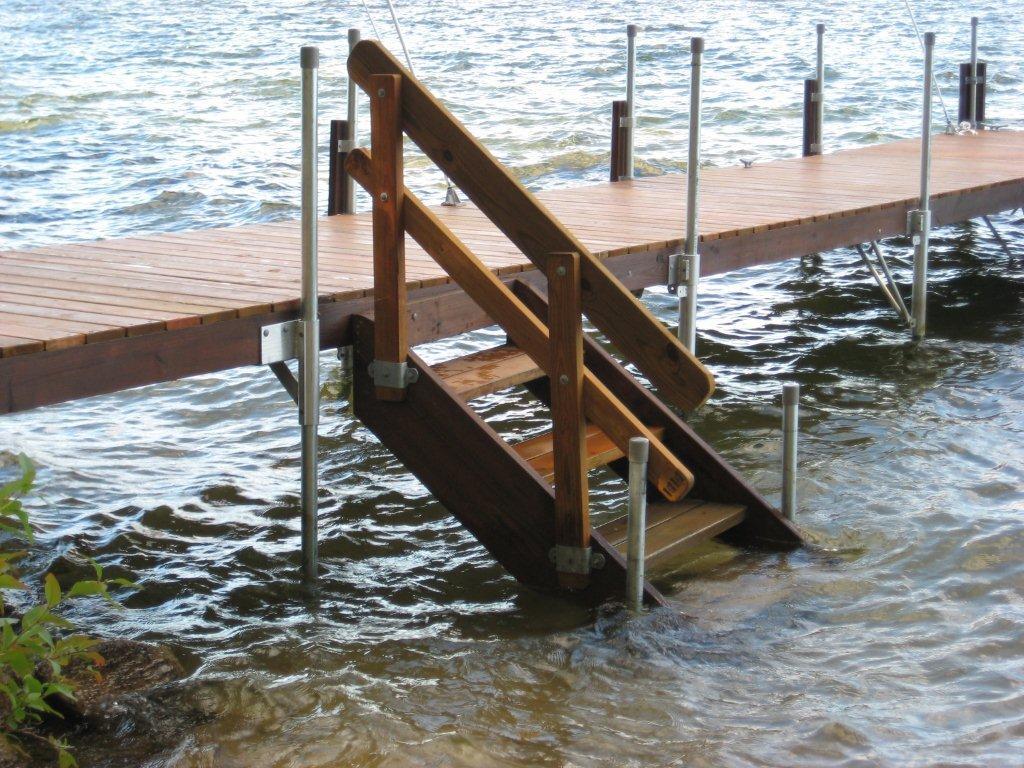 Superieur J. Macu0027s Docks